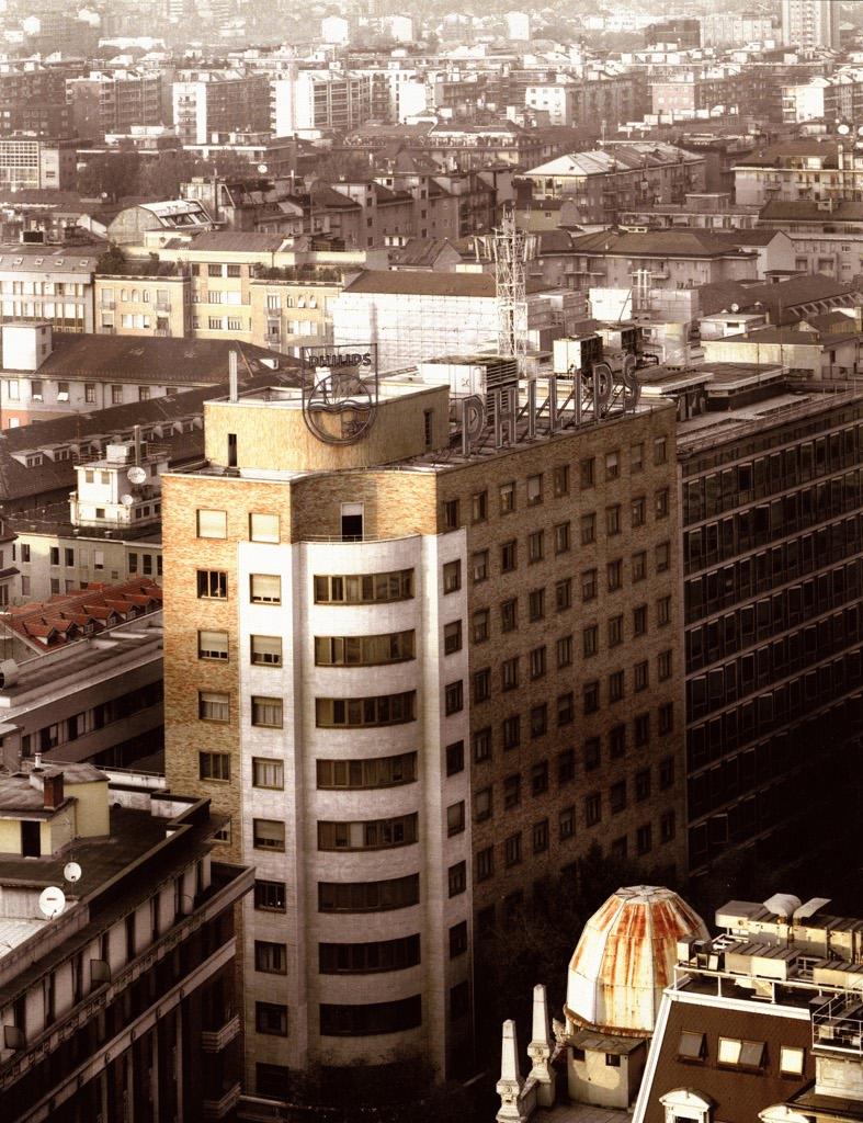 Vincenzo castella milano piazza 4 novembre 1998 for Arredare milano piazza iv novembre