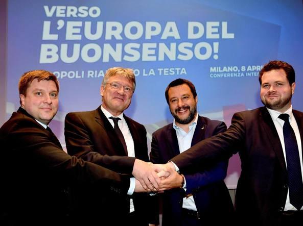 Salvini accende la manifestazione dei sovranisti a Milano
