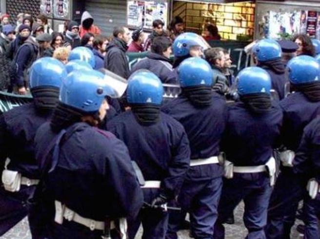 Arrestato in Francia uomo condannato per il G8 di Genova