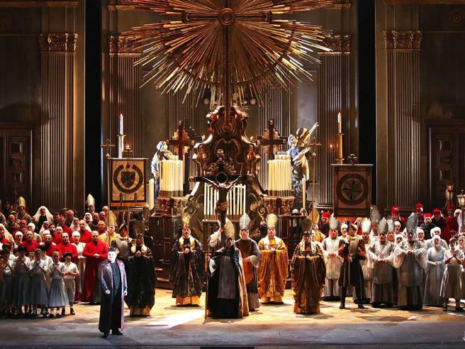 Tosca alla Scala, record ascolti su Rai1