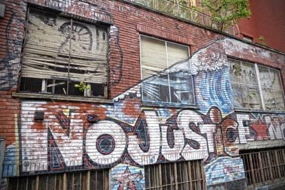 Da San Siro il rap delle case popolari Neima Ezza, la generazione «perif» e la rabbia del quartiere-ghetto