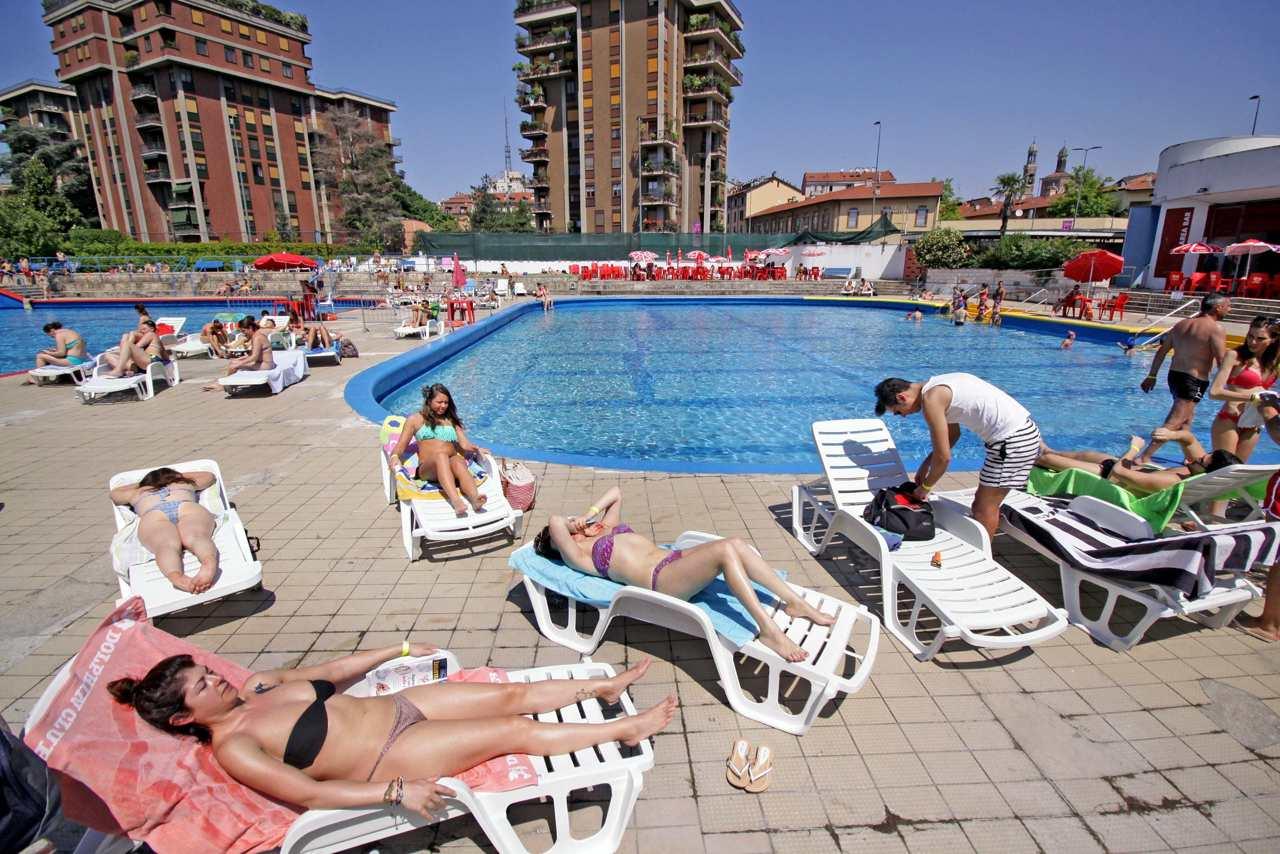 La piscina argelati fotogramma - Piscina argelati milano ...