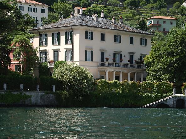 Clooney La Villa Sul Lago Di Como In Vendita Per 90 Milioni Di Euro Corriere It