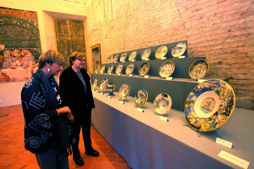 La Credenza Milano : In mostra la «credenza di isabella corriere