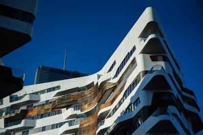 Milano Citylife, nelle residenze Hadid il cedro di lusso «sbiadito ...