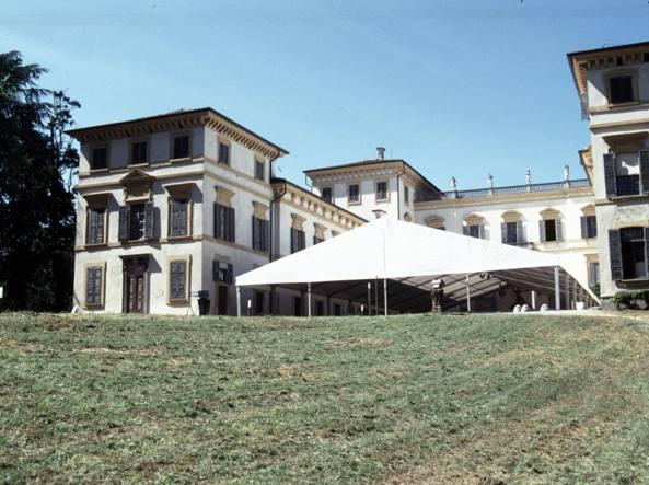 In vendita sul web la storica Villa Borromeo: vale 50 milioni di ...