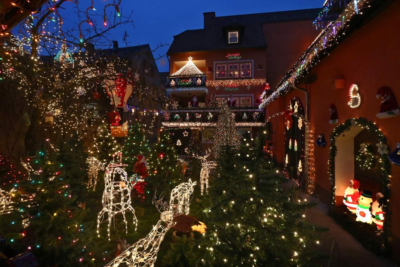 Decorazioni Natalizie Londra.Natale Le Piu Belle Decorazioni Da Milano A Londra Fino A Tokyo