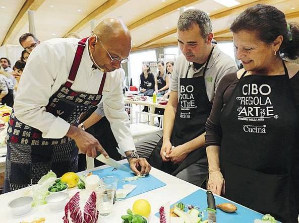 Milano A Scuola Di Cucina Con Chef Stellati Torna Cibo A Regola D Arte Corriere It
