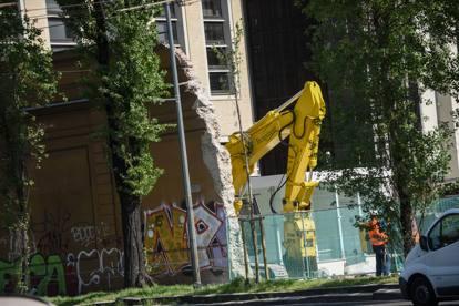 Porta volta cade il muro dell ex enel nasce la piazza - Immobiliare porta volta ...