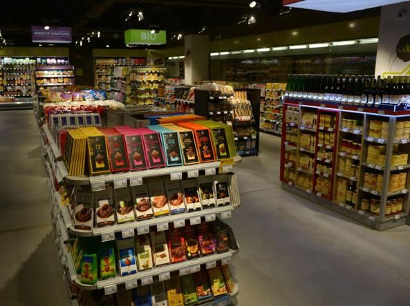 Negozi aperti a Milano il 1° Maggio 2018: lavorano Carrefour e ...