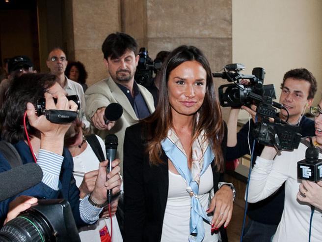 Ruby bis, la difesa: «Nicole Minetti come Cappato, aiutòle Olgettine in esercizio libero della prostituzione»