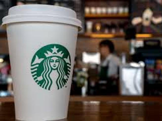 Starbucks Milano, Schultz: a settembre apriamo in Duomo