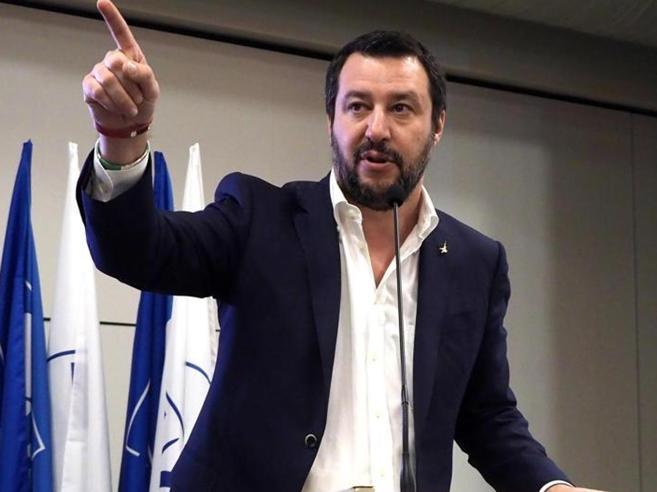 Salvini: «Faremo censimento dei rom». Gentiloni: «Domani pis