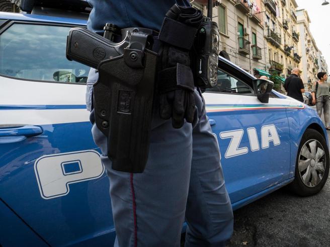 Busto Arsizio, 65enne strangolata in casa Il marito si è impiccato