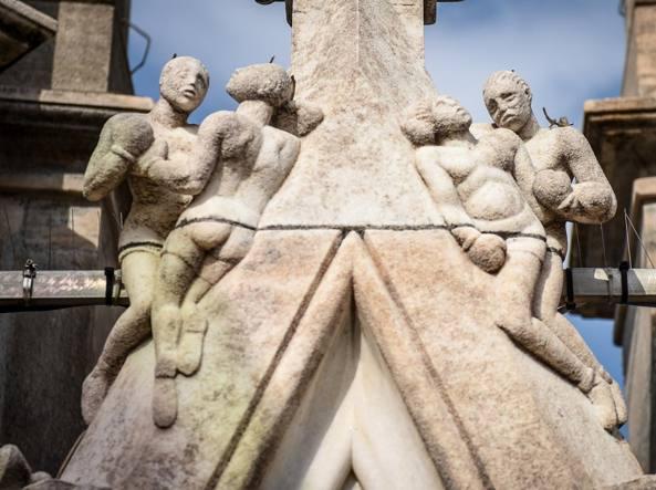 Duomo Di Milano Gli Intrusi Tra Le Guglie Da Carnera A