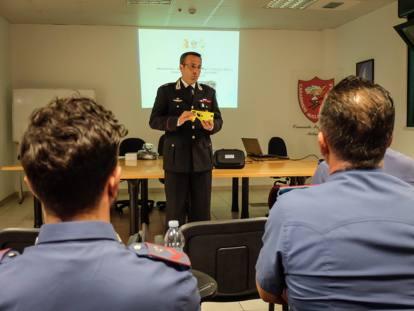 L'addestramento con i taser per le forze dell'ordine