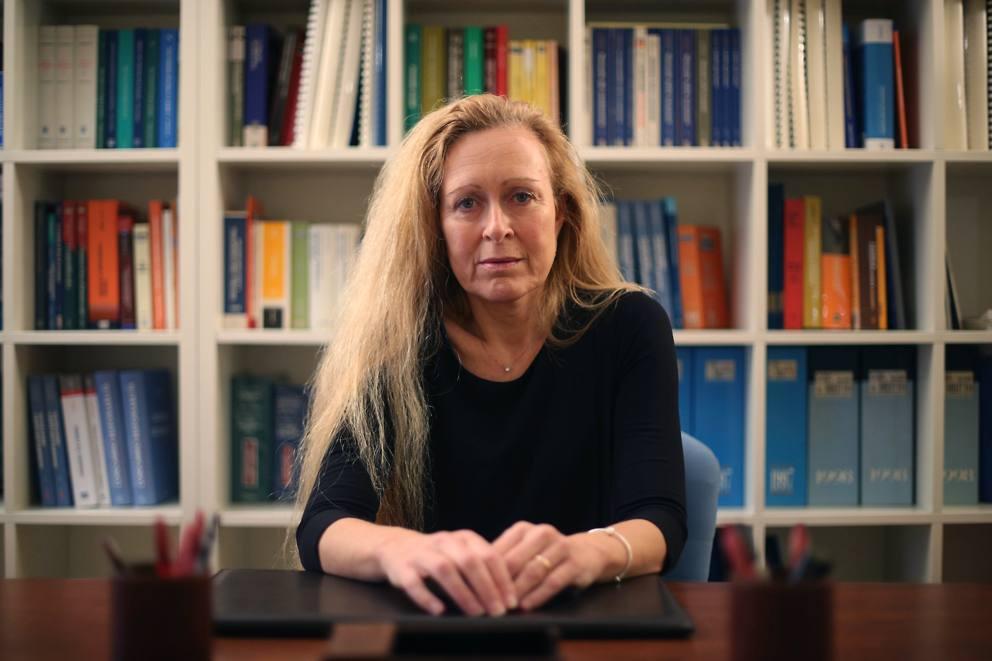 Simona Catania: «Difendo donne maltrattate e minori allo ...