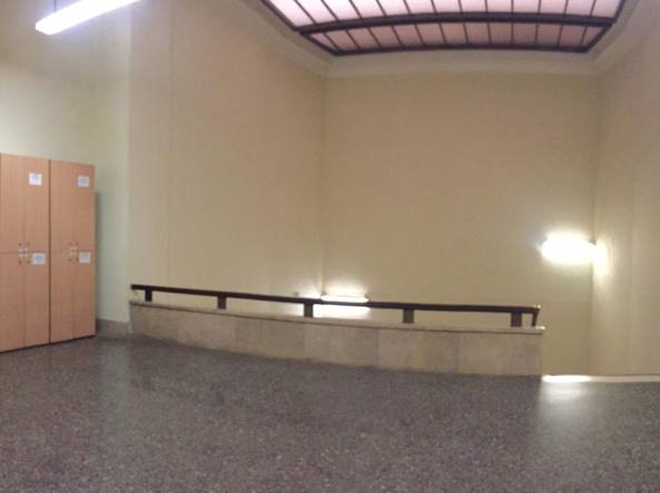 Incidente al Tribunale di Milano: avvocato cade dal 4 piano ...