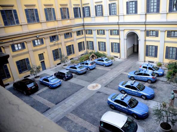 Permessi di soggiorno facili con 8 mila euro arrestato for Questura di bergamo permesso di soggiorno