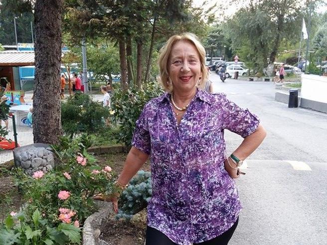 aaefdbef88 Carmela, regina delle televendite e l'ex amante murato in una villa ...