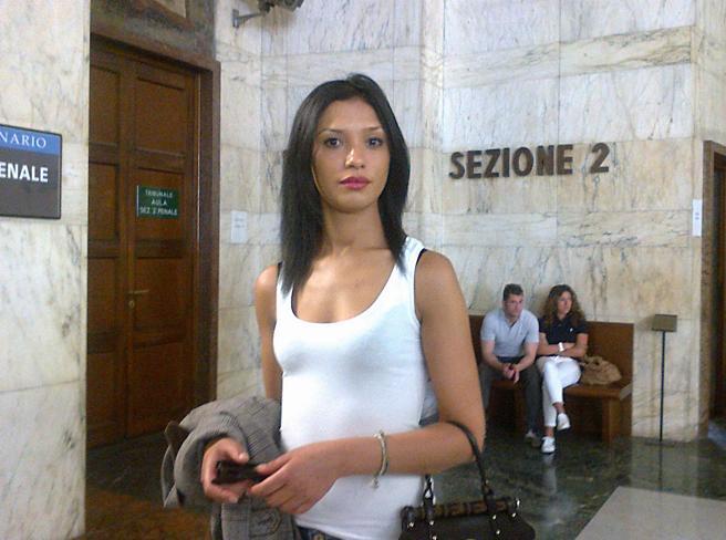 Imane Fadil, i pm: «Nel corpo tracce di metalli pesanti»007 a caccia di radioattività