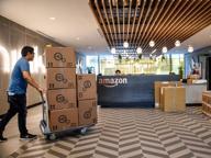 Bar e negozi di vicinato, il nuovo piano di Amazon: «Fate da deposito»