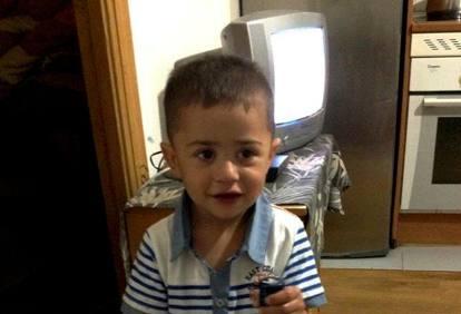 381a7f66a7 Milano, bambino di due anni ucciso in casa, il padre confessa: «L'ho ...
