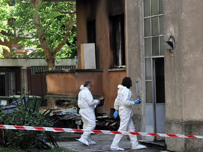 Milano, bimbo di 2 anni ucciso in casa: fermato il  padre 25enne|Video|Foto