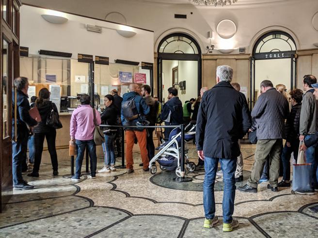 Anagrafe ko, Milano non può rilasciare certificati elettoraliAutisti scrutatori, allarme bus