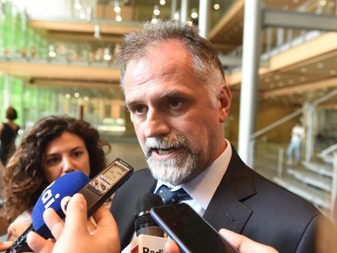 Turbativa d'asta, il viceministro Garavaglia assolto: «Periodo difficile, ma la verità rende liberi»