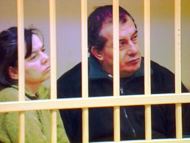 La  Cassazione boccia il «no» a nuove indagini chieste da Olindo e Rosa: «Vizio di forma»