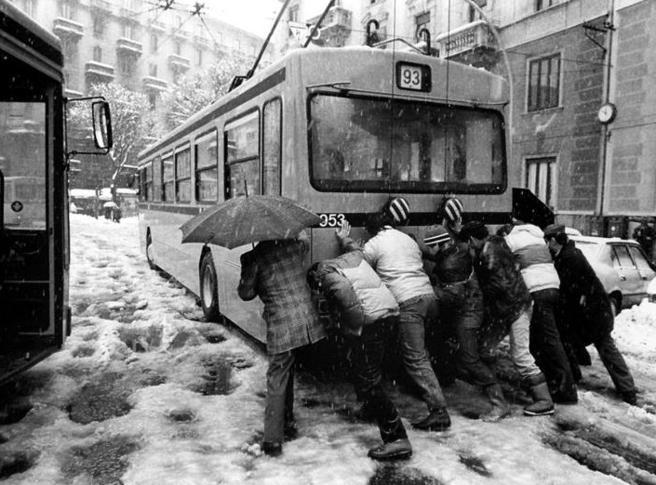 Nevicata a Milano del 1985, 35 anni fa la città paralizzata sotto 90 centimetri di neve