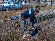 Clochard trovato morto per strada: l'allarme lanciato da un passante