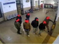 Milano, la baby gang dei senza famiglia: rapine violente e spaccio di droga. Arrestati tre minorenni
