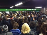 Metrò Milano, treni fermi sulla M2: «Azionato interruttore d'emergenza»