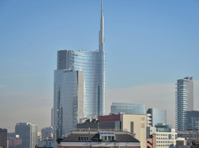 Da Unicredit ad Armani e Heineken: smart working per contene