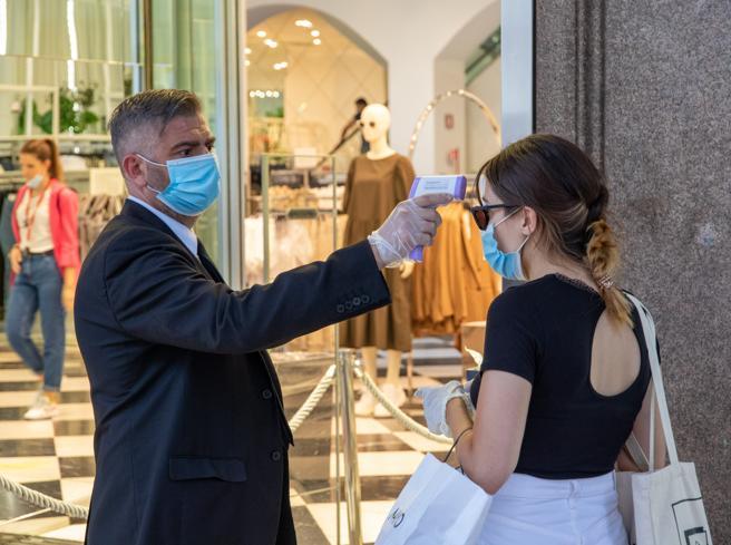 Coronavirus, in Lombardia soltanto 148 nuovi positivi. Confermati zero decessi di ieri, oggi sono 34