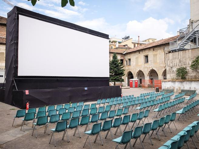 Milano, i cinema riaprono dal 15 giugno: l'Anteo va in Triennale, altre sale aspettano luglio