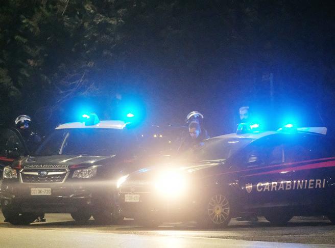 Torture, estorsioni e spaccio: sei carabinieri arrestati a Piacenza, caserma sequestrata