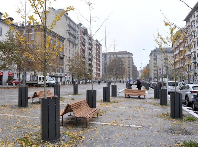 Piazza Sant'Agostino e piazzale Archinto riaperti: «Più verdi e vivibili»