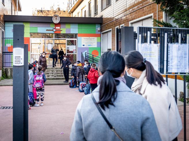 Covid, scuole chiuse nel torinese. Misure diversificate nelle altre province