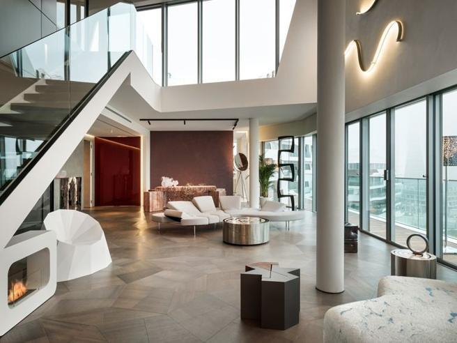 Case a Milano: per i Ferragnez nuovo attico a Citylife. I «gioielli» storici in vendita e la villa di Versace che nessuno compra