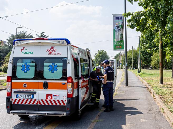 Milano, tre casi di suicidio tra ragazzini nel primo giorno di scuola: due morti, una 12enne gravissima