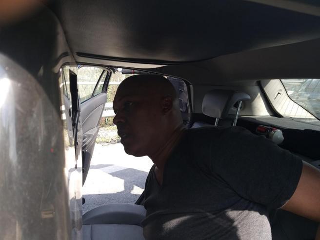 Sequestro dell'autobus, l'attentatore ai Carabinieri: «Non sparate al pullman, qui è tutto pieno di gasolio»