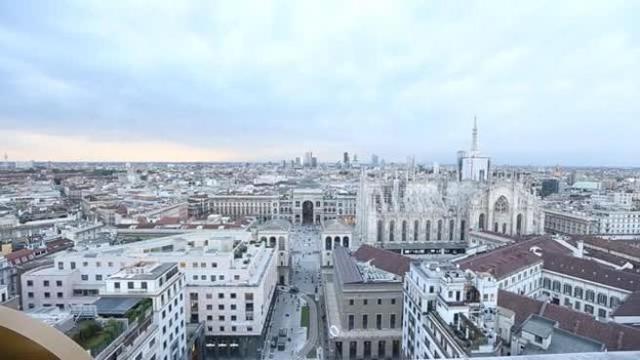 Milano, rinasce la terrazza Martini
