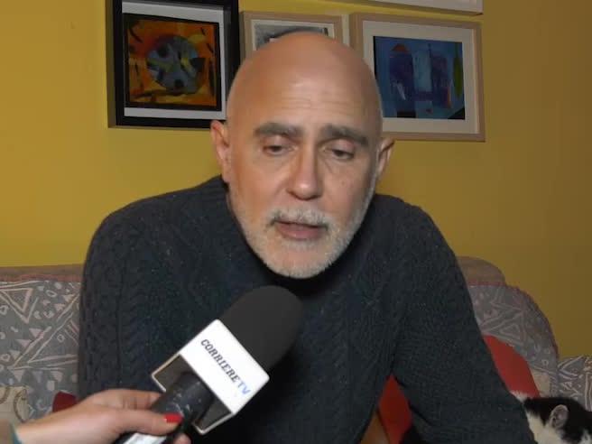 Il papà di Bakary: «Vorrei parlare con la persona che ha fatto le scritte razziste» Video