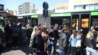 super popular 85094 a57e8 Milano  guasto in metro, disagi in superficie