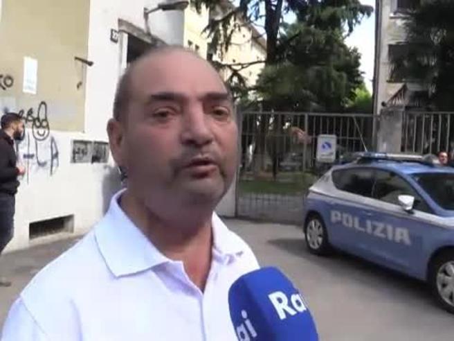 Le prime parole dello zio sul padre in fuga: «È un violento»