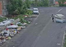 Il traffico abusivo di rifiuti nel campo rom di via Bonfadini