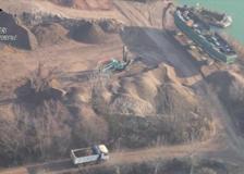 A Zibido San Giacomo la cava dove venivano smaltiti illegalmente i rifiuti edili